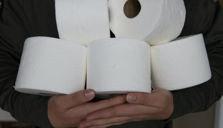 Ngạc nhiên chưa: Lịch sử cuộn giấy vệ sinh