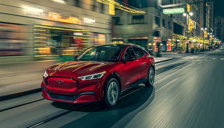 Sẽ có thêm hai mẫu Ford SUV chạy điện