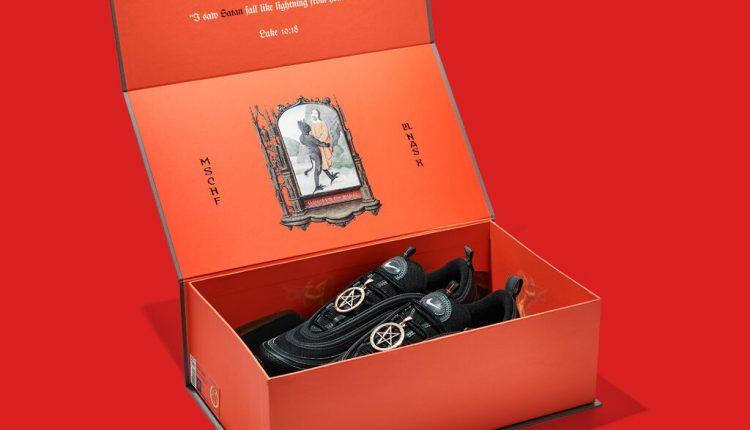 Giày có chứa máu người ca ngợi quỷ Satan, bán chạy như tôm tươi!